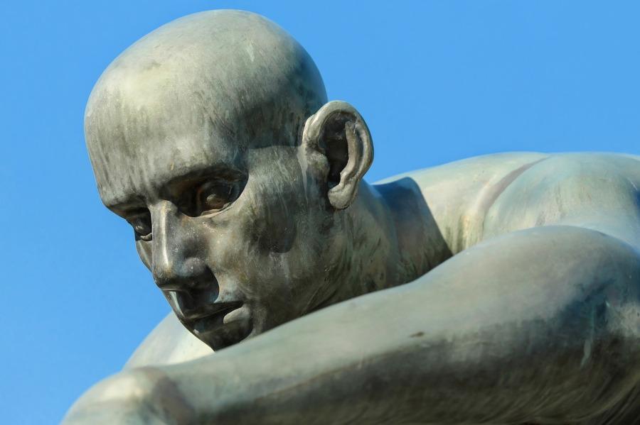 Sculpture - Le Lambeau - Philippe Lançon - Les Petites Analyses - Johan Creeten