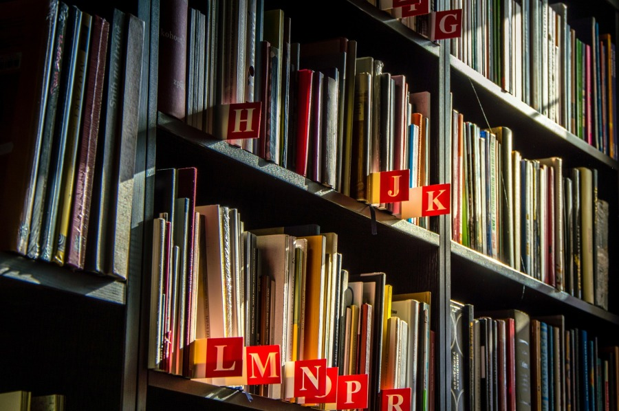 Index alphabétique par texte - Les Petites Analyses