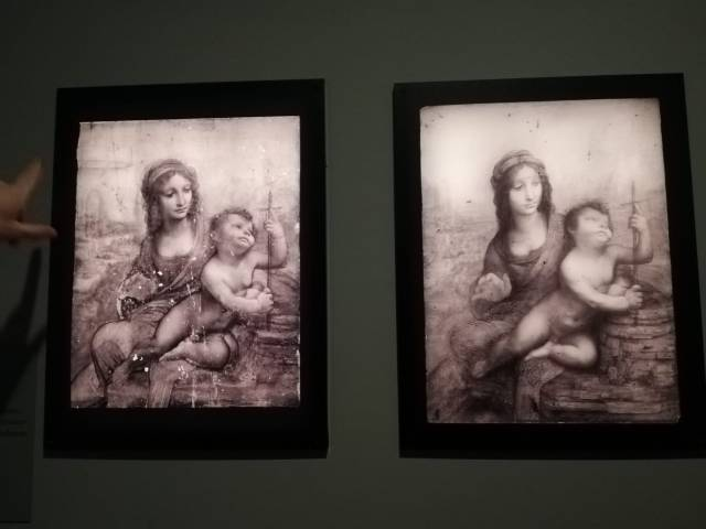 Réflectographie de la Vierge au fuseau (à gauche la toute première version supposée. A droite la version surnommée