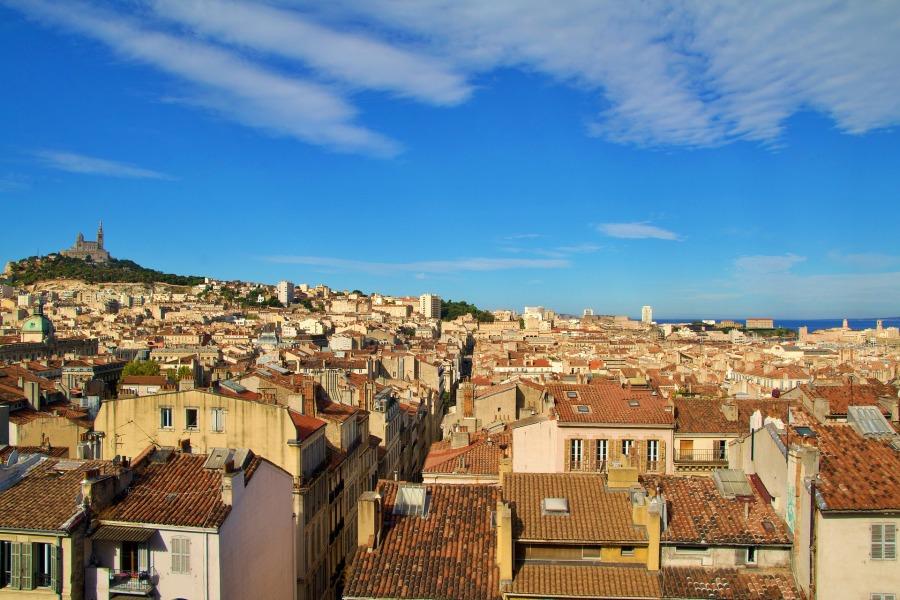 La ruche métapolitaine - Marseille - Poésie - Les Petites Analyses - Johan Creeten